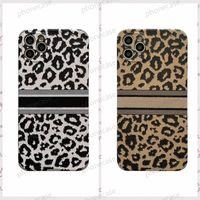 Capa de telefone lindo leopardo para iPhone 12 pro max casos com designer de marca de luxo bordado phone11 12pro 11xs xsmax xr 8plus 8 7plus contêm caixa