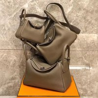 Nouveau sac d'oreiller Lindy Designer de luxe Cuir Real Cuir One Oponders Sacs Messenger pour femmes Docteur Sacs à main