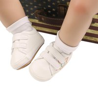 First Walkers Born Baby Shoes, Star Embroidery Soft Sole Walking Shoes Prewalker Footwear For Spring Fall, White Black, 0-12 Months