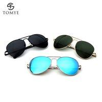 الرجال النظارات الشمسية Tomye 3026M جودة عالية الأزياء الاستقطاب النظارات