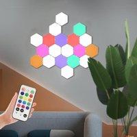 Luces de panel 2021 DIY LED LED RGB lámpara cuántula blanca Hexágonos magnéticos Modular Toque Techo Techo Decoración creativa