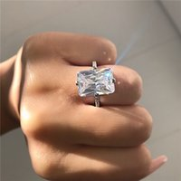Quattro colori Sparkling femmina promessa anello dito 925 sterling argento quadrato 5CT simulato diamante nuziale anelli di nozze donne gioielli