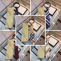 Plaid inconformista corbatas con cuello con caja de seda corbatas del cuello de los hombres de seda Trabajo al aire libre negocio Ocasiones formales Viste a los lazos