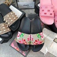 2021 여성 / 남자 샌들 품질 세련된 슬리퍼 패션 고전 샌들 남성 여성 슬리퍼 플랫 신발 슬라이드 EU : 35-45 상자 Shoe02 08