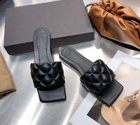 2021 Дизайнер Топ-Качество Женщина Тапочки Лидо Сандалии Квадратный Носок Высокие каблуки Плоские Тапочки Степень Степистовые Обувь Стилист