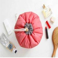 Sacos de viagem em forma de barril Nylon poliéster de alta capacidade cordão elegante saco de lavagem de tambor organizador de armazenamento NHE5895