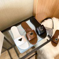 2021Top Calidad de lujo Diseñador para hombres zapatillas para hombres Sandalias Zapatos Slide Summer Fashion Wide Flip Flip Flops con el tamaño de la caja