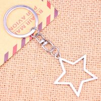 20pcs New Fashion Keychain 37*35 mm hollow star Pendants DIY Men Jewelry Car Key Chain Ring Holder Souvenir For Gift