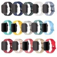Silikon-Uhr-Armbandgurte für Apple Smartwatch 7 6 5 4 3 2 1 SE mit doppelten Schnalle-Metallknopf, kompatibel mit IWATCH 41/38 / 40mm 45/42 / 44mm