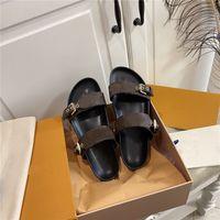 2021 Tasarımcılar Kadın Terlik Deri Sandalet Yaz Toka Düz Platformu Klasik Bayan Eski Çiçek Flip Flop Baskılı Slaytlar Açık Plaj Tatil Rahat Ayakkabılar