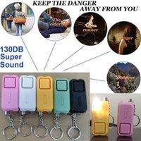 130dB Kişisel Alarm ile LED Işık Bir Acil Fener Yeni Stil Kendini Savunma Alarm Sistemleri Kız Kadınlar Için Yaşlı Adam Unisex