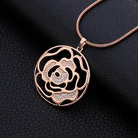 Pendant Necklaces Gold Round Flower Long For Women Snake Sweater Chain Luxury Statement Crystal Necklace Fashion Jewellery Gifts