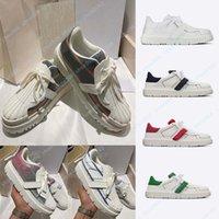 2021 Luxurys 디자이너 신발 고품질 캔버스 캐주얼 신발 봄과 가을 패션의 안락한 상위 경사 상자 Shoe008 1 장착 여성 야외 플랫폼