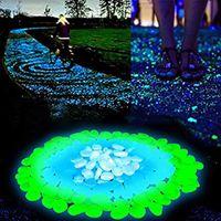 100pcs / bag Decorazioni da giardino Glow Pietre nel Dark Stone Pietra di ciottoli luminosi per Aquarium Wedding Sera romantica Eventi festivi Eventi Artigianato