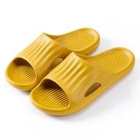جودة عالية النعال الشرائح أحذية الرجال النساء صندل منصة حذاء رجل إمرأة أحمر أسود أبيض صفراء الشريحة الصنادل المدرب في الهواء الطلق داخلي شبشب حجم الأساليب