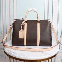 أكياس مصمم المرأة حقائب اليد حقيبة crossbody حقيبة الظهر الكلاسيكية اضافية كبيرة عالية الجودة الجلود رشيقة اليد الأكثر شعبية