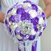 Wedding Bridal Bouquets Handmade Flowers Peals Crystal Rhinestone Rose Supplies Bride Holding Brooch Engagement Dress Wedding Dresses