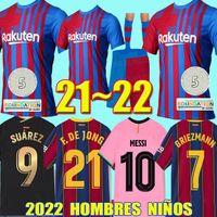 22 22 Barca Messi Kun Aguero 바르셀로나 축구 유니폼 Camisetas 드 축구 FC Ansu Fati 2022 Griezmann F.DE Jong Dest Pedri Sergio Pjanic Kit Shirt 남자 아이들이 양말을 설정합니다.