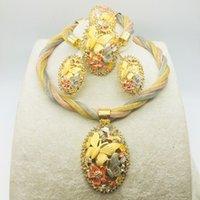 Set di gioielli di nozze Set di fascia alta temperamento da sposa collana braccialetto anello orecchino femmina femmina in lega sottile regalo intagliato set di quattro pezzi selezionato Semplice e versatile