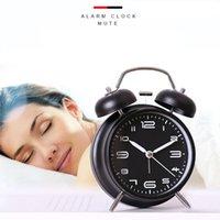 Desk & Table Clocks 1PC Students Alarm Clock Simple Bedroom Cartoon With Night Light Creative Mute Retro Ringing