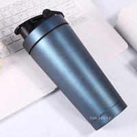 750ml bouteille d'eau de sport 304 acier inoxydable protéine bouteille de shaker whey gym shake kettle milkshake mélangeur tasse de coupe par mer T2I52751
