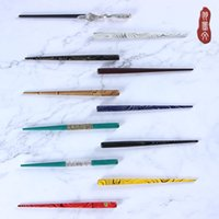 Chinese and English calligraphy cartoon Spencer Italian Gothic round wooden straight pen