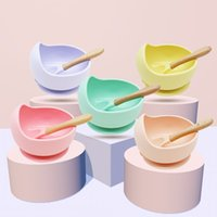 Baby DinnerWare Set Silicone Bowl Spoon Maternal Foreting Fanting Posate A ventosa Complementary Food Drop Proof