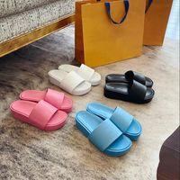 Diseñador mujer sandalias de moda playa gruesa parte inferior plataforma zapatilla alfabeto dama sandalia de cuero tacón alto tobides con caja