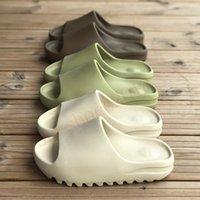 2021 Sandalias Zapatos De Moda Desierto Desierto Arena Resina Tierra Marrón Plataforma de Verano Sandale Espuma Corredor Triple Black Bone Blanco Hombres Zapatillas 36-45