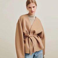 カーディガンウールコート女性カシックエレガントなデザイナーVネックベルトジャケットソリッドカラーウールの上着女性の女性のブレンド