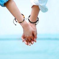 2pcs Magnete creativo Attirare Coppia Braccialetti Catena di fascino Braccialetti Buon amico Amante 8mm Perle di pietra naturale fatti a mano Corda intrecciata Braccialetto tessuto per le donne