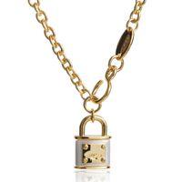 Femmes Fille Lock Pendentif Collier Mignon Saturn Planet Chaîne Chaîne Colliers Fashion Bijoux Accessoires pour une fête cadeau