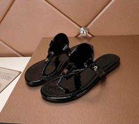 Le pantofole di modo delle donne Sandali di cuoio di estate di estate Slips di sughero Lady Lady Flip flops Double Fibbia Zoccoli Chaussures Chaussures Slipper con scatola