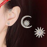 2021 Verano Nuevo Asimétrico Star Moon Pendientes Coreano Fresco Personalidad Chaowang Red JED490