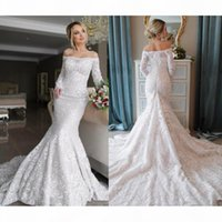 Vintage Mermaid Wedding Dresses Off The Shoulder Lace Appliques Long Sleeve Wedding Gowns Sweep Length Lace Up Bridal Dress