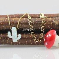 Pendentif Colliers 1PC / Lot Shippng Fashion 11 * 13mm Cactus blanc Cactus Bijoux Opal avec chaîne en or de 925 argent
