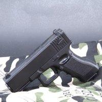 Mini in lega Pistol Desert Eagle Glock Beretta Colt Giocattolo Gun Modello Sparare Mollet Soft Follet per Adults Collection Bambini regali