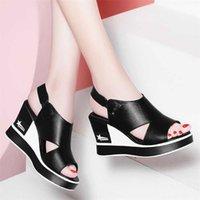 أسود بو الجلود الجوف خارج منصة أسافين روما الأحذية الأزياء زقزقة تو عدم الانزلاق زيادة 8 سنتيمتر امرأة لبس صندل 210619