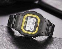 야외 레저 5600 석영 스퀘어 남성 시계 LED 디지털 방수 스포츠 세계 시간 높은 품질