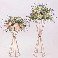 Decoración de la fiesta Hollow Out Vases Oro / Blanco Flower Stand Metal Road Leader Center Piece Flowers Rack para Evento 10pcs GAGP