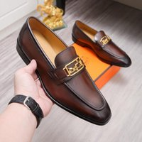 A1 2021 High quality designer mens dress shoes leather Metal snap Peas wedding Shoe Fashion Flats driving sneakers Size 6.5-11