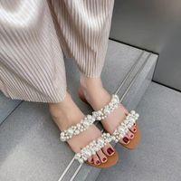 2021 Mujeres Bohemian Pearl Slippers Sandalias de fondo plano Verano Abre Toe Ladies Zapatos Cristalillos Flip Shoes Zapatos Chaussure Femme Shigishoig