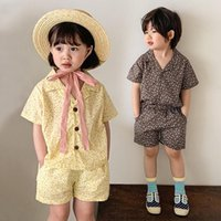 Conjuntos de ropa Summer Kids Gire Down Down Cuello Tops + Pantalones cortos florales Ropa de bebé para 2-6T Niños Chicas Casual Trajes infantiles