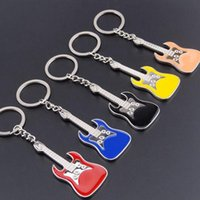 Keychains Men Womens Enamel Guitar Pink Blue Yellow Black Punk Rock Violin Key Chain Charms For Bag Car Keyring Gift Bijoux