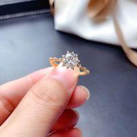 Cluster Rings MeiBaPJ 1 D Color Moissanite Diamond Simple Flower Ring For Women 925 Sterling Silver Fine Wedding Jewelry