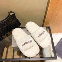 Luxurys designers Women Ladies wool Slippers Slides Winter fur Fluffy Furry Warm letters Sandals Comfortable Fuzzy Girl Flip Flop Slipper 4 Colors