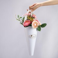Folding Bouquet Gift Bag Torch Shape Portable Rose Flower Round Bucket With Handle High-Quality Hand-Carrying Paper Box Wrap