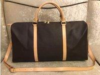 Alta Qualidade 55cm Grande Capacidade Mulheres Sacos de Viagem Homens Ombro Duffel sacos Levar bagagem Keepall Bottom Rebites com mochila de cabeça de fechamento