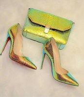 2021S Женское сандаловое красное нижнее платье обувь мода высокие каблуки для женщин вечеринка свадебные блеск кожаные шипы заостренные пальцы насосы красные роскошные конструкции