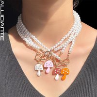 Chokers Boho Candy Crystal Mushroom Pendant Pearl Beaded Necklace For Women OT Buckle White Imitation Choker Y2K Jewelry